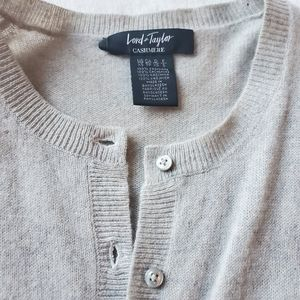 Lord & Taylor Sweaters - LORD AND TAYLOR 100% cashmere sweater